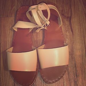CityClassified Leather Sandals New
